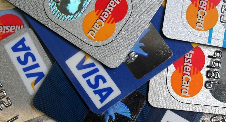 Платежные карты: Visa и MasterCard